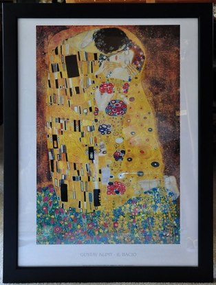 Framed print of The Kiss by Gustav Klimt