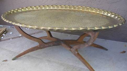 Folding spider leg brass tray coffee table with floral engravings
