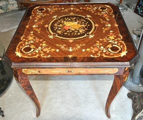 Italian game table with marquetry inlay floral patterns