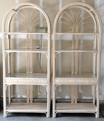 Pair of beautiful wicker display stand​s with glass shelves