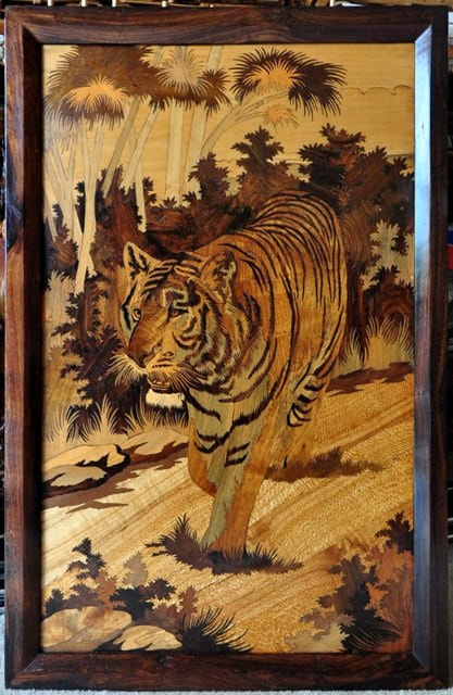 Rosewood Inlay Art From India Depicting A Tiger In The