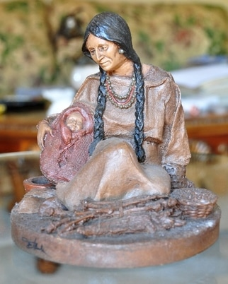 Sculpture of Sacagawea and baby
