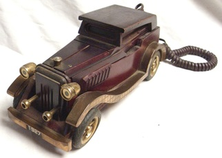 Wood telephone in the shape of a 1927 roadster